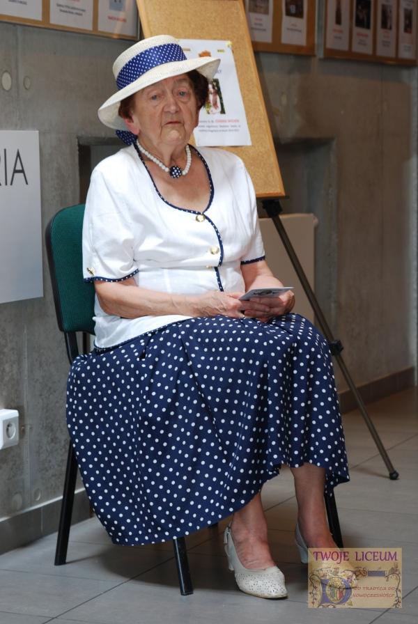 Pani Profesor Teresa Święchowa